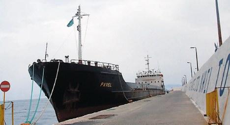 Φορτηγό οικολογική «βόμβα» στο λιμάνι του Αγίου Κηρύκου