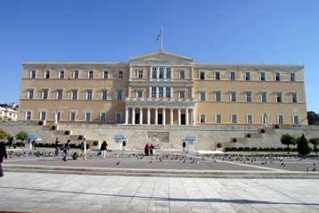 Στη Βουλή τα προβλήματα της ακτοπλοϊκής σύνδεσης του νομού Σάμου