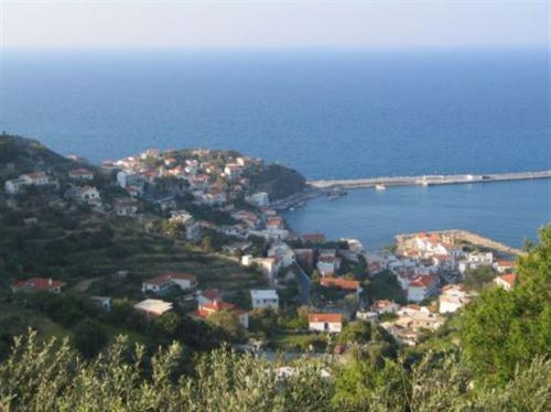 Ικαρία - Φούρνοι: «Ακυρώνεται η τουριστική μας ανάπτυξη»